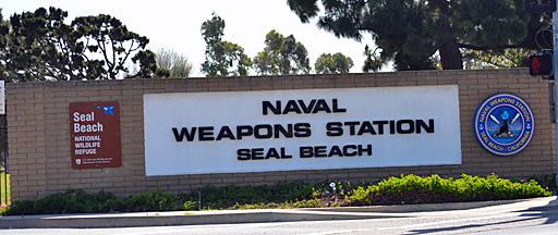 Seal beach entrance_512